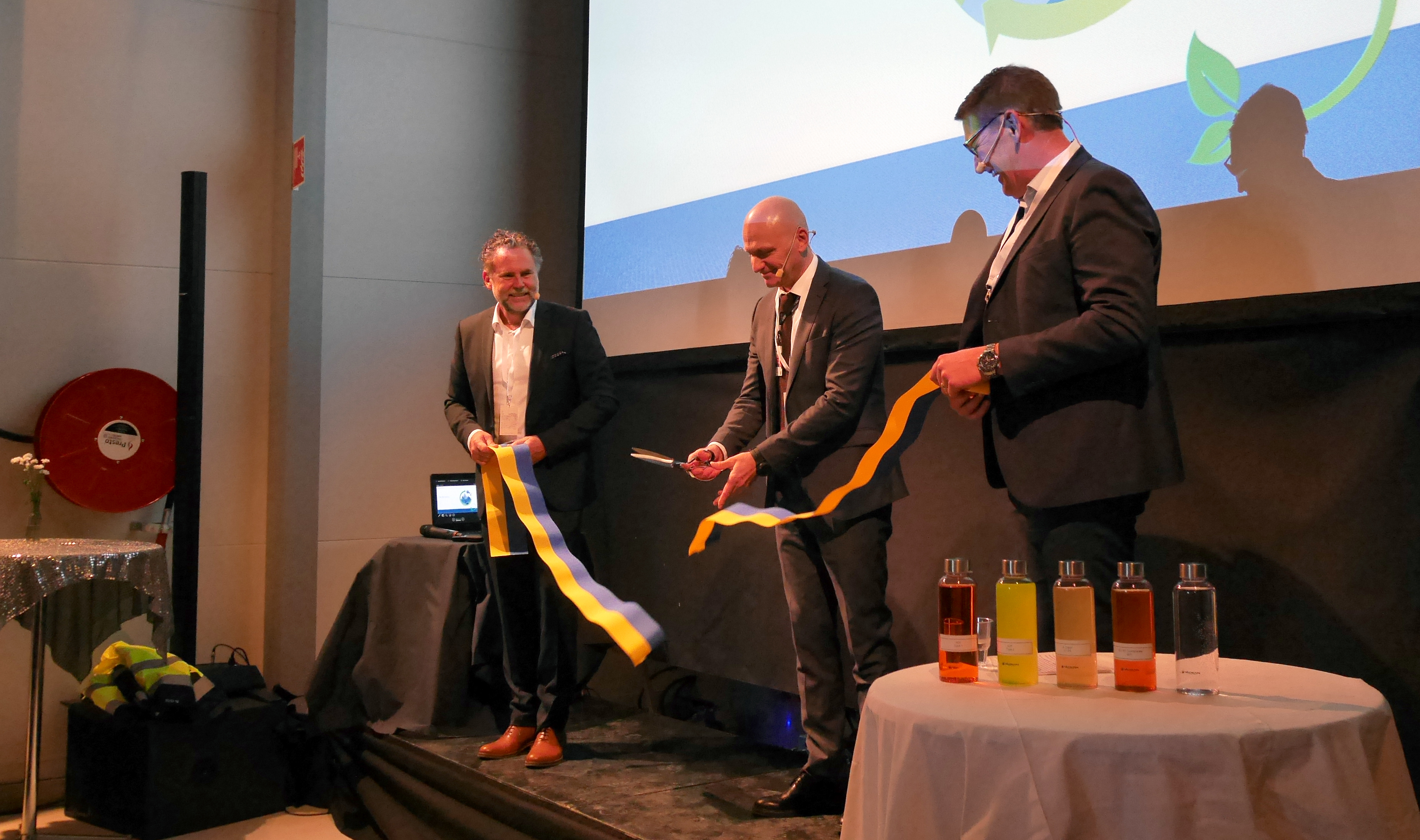 On Thursday 27 September it was finally time to cut the ribbon at the Arlanda facility!